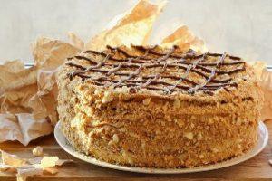 торт орехово-ванильный на заказ в Самаре